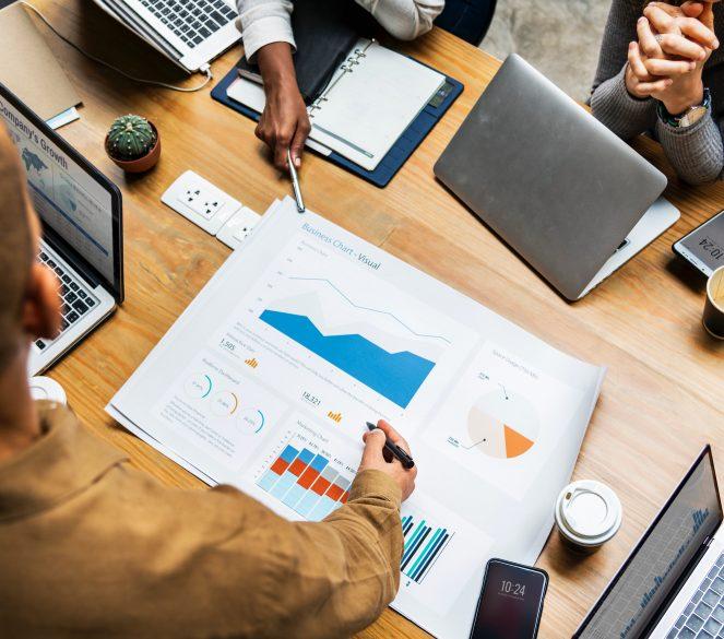 Company-Meeting-Charts